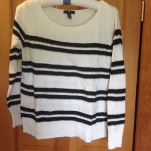 GAP factory navy and cream striped sweater